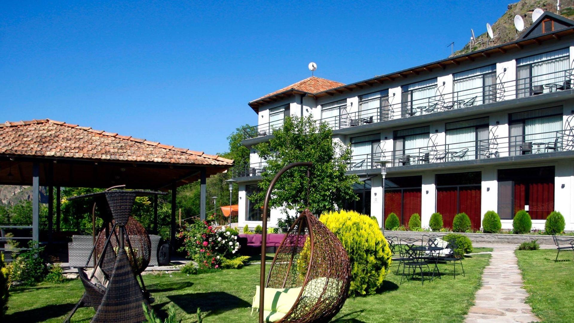 Vardzia Resort Hotel