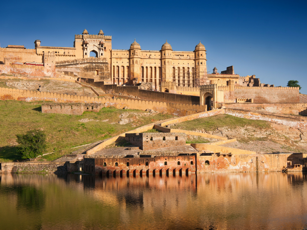 Amer Fort is an intimidating sight that boasts huge ramparts and cobbled paths.