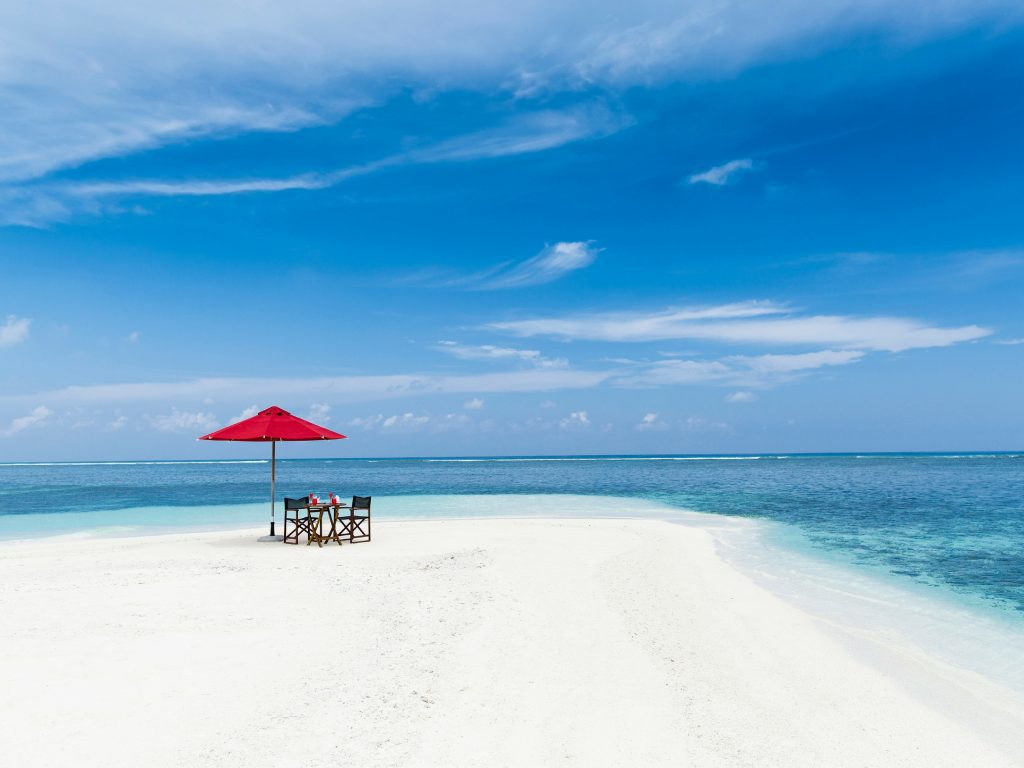 Destination dining on a private sand bank