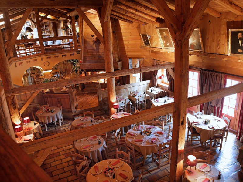 Dine in the traditional restaurant Le Ferme de Marie Megeve
