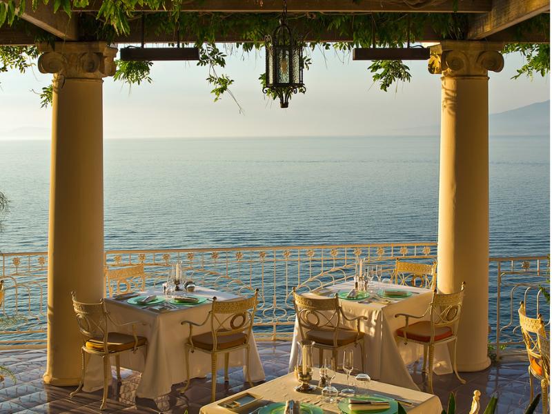 Dine on Sorrento's romantic terrace restaurants
