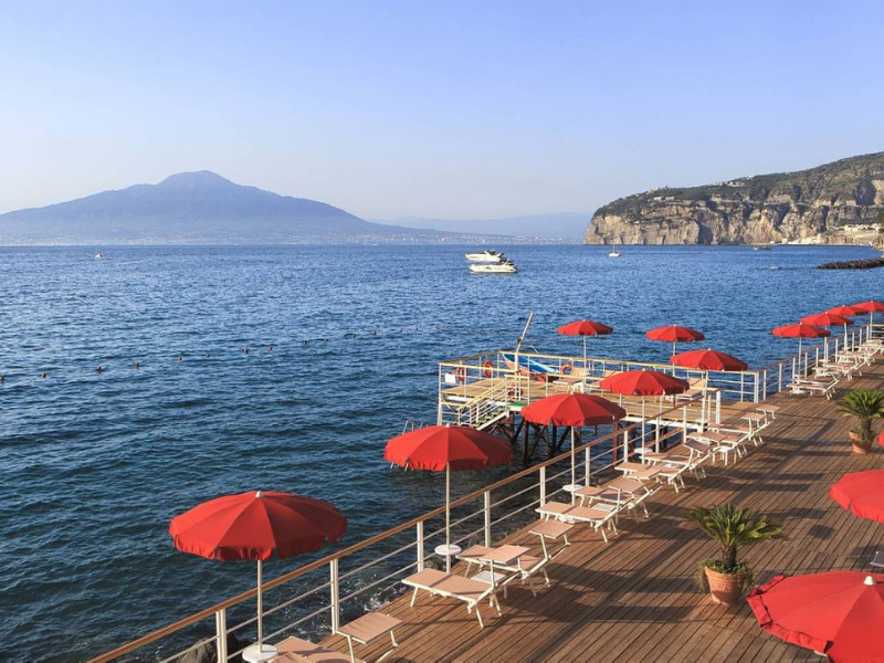 Grand Hotel Royal Private Jetty Sorrento