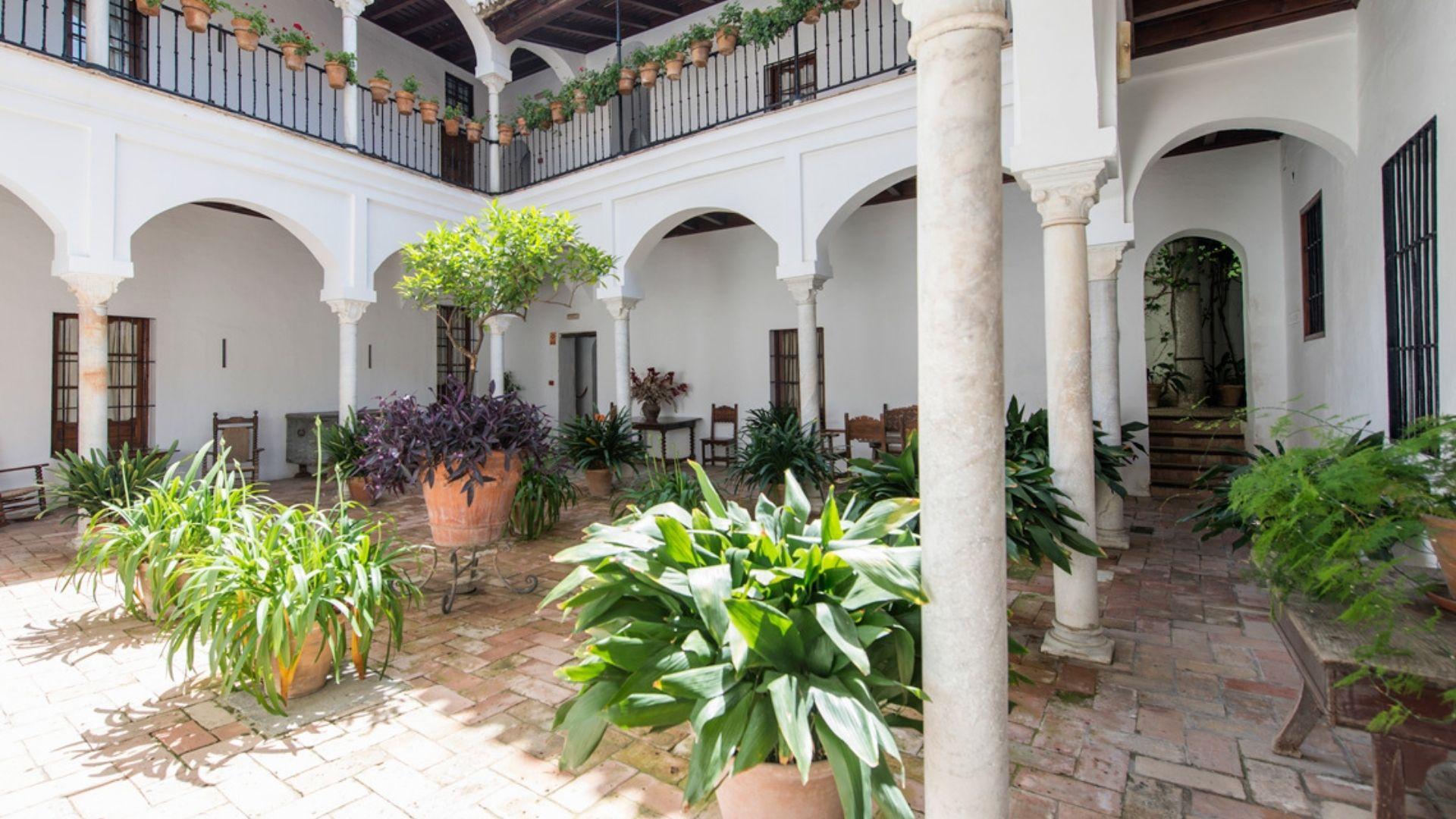 Hotel Las Casas de la Judería Seville - Courtyard