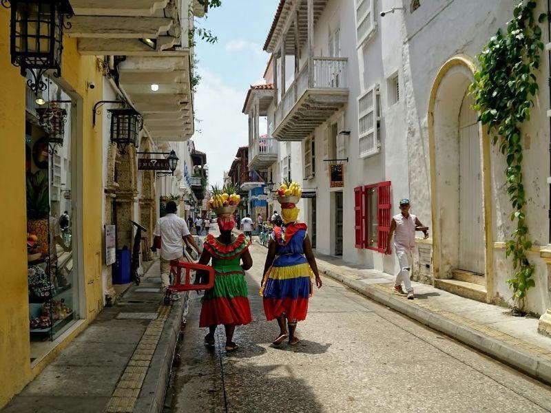 Local women Cartagena, Colombia