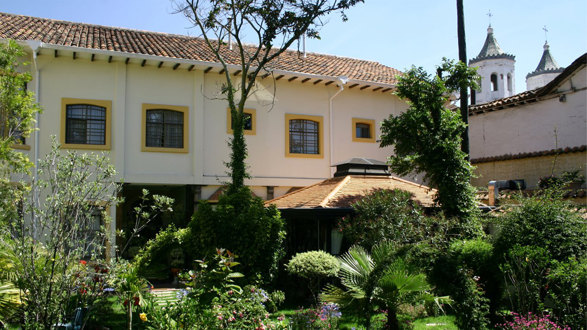 Mansion-Alcazar