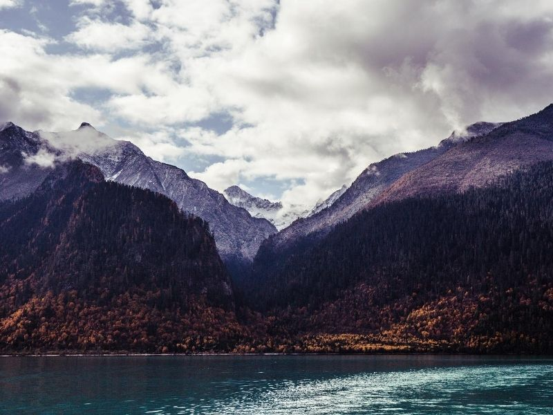 Mountains and lake in Tibet