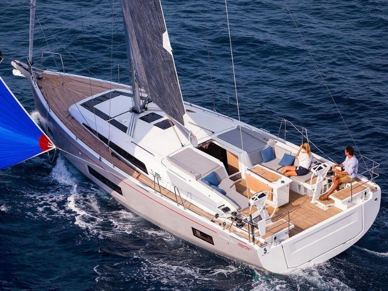 Oceanis 46.1, Yacht
