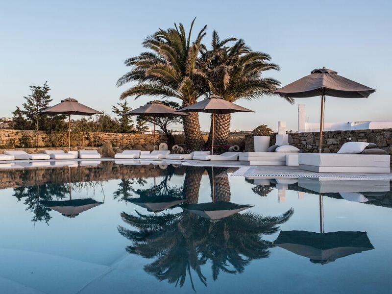 Ostraco Suites Mykonos Greece