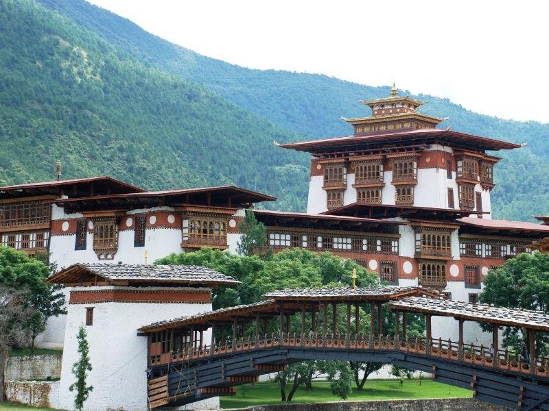 Punakha Dzong cantilever bridge