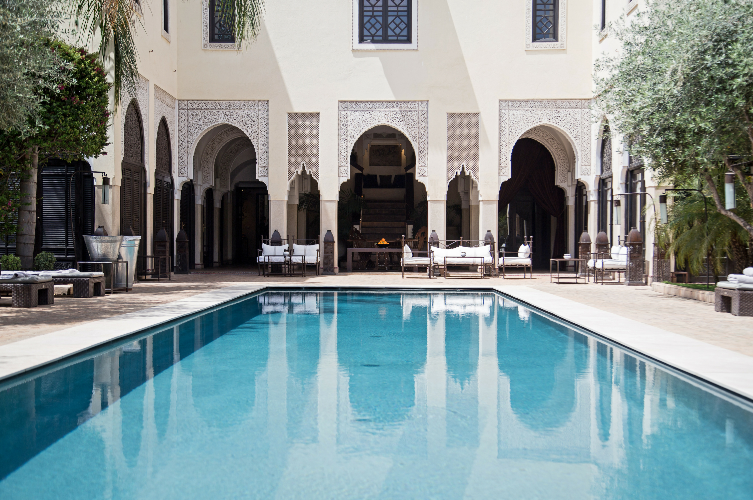 Relax at the luxurious Villa des Orangers