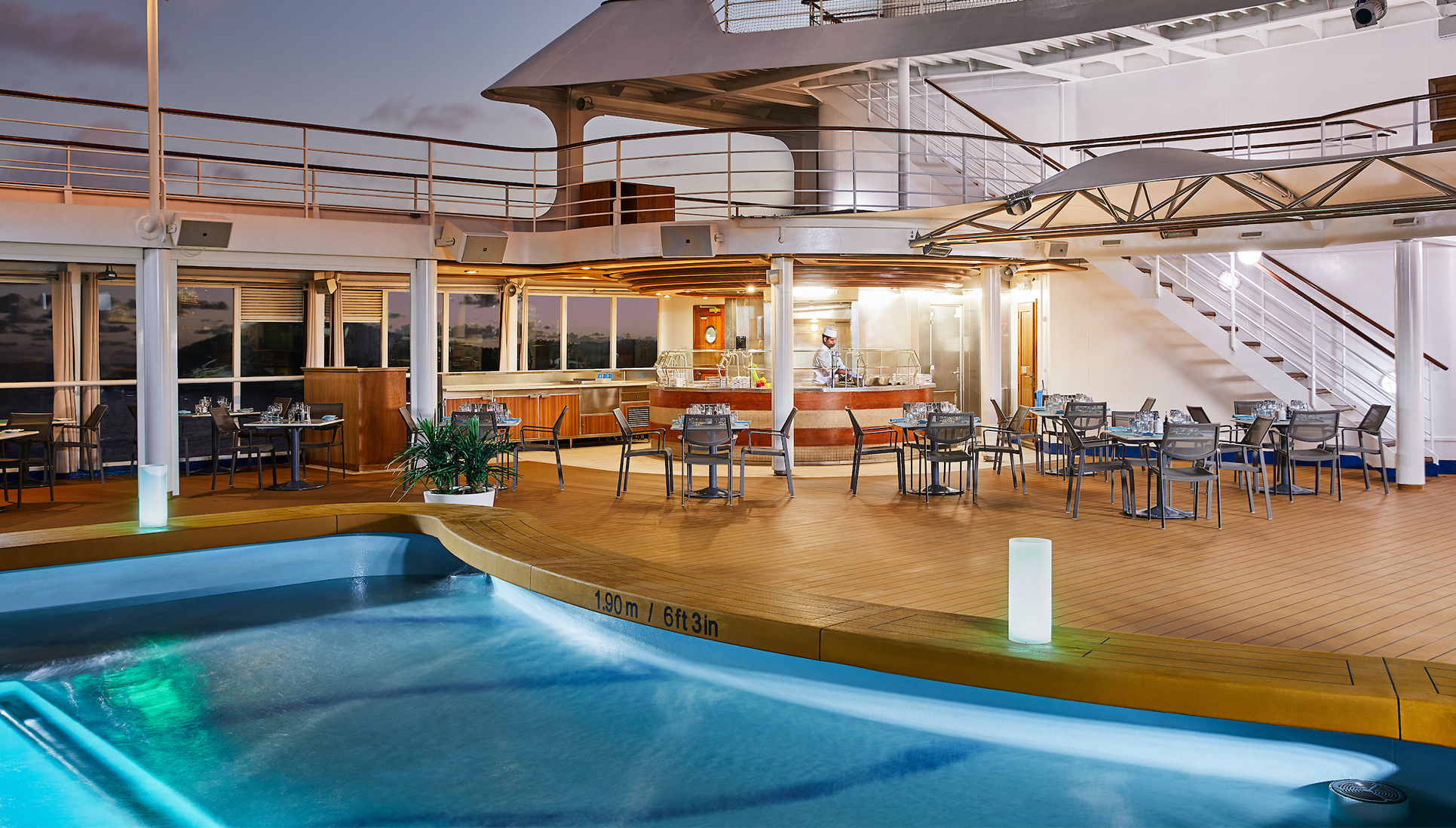 Silver Whisper Outdoor pool