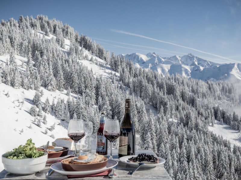 dining at megeve