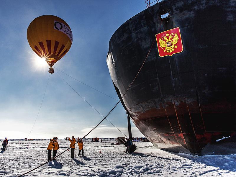 hot air balloon north pole